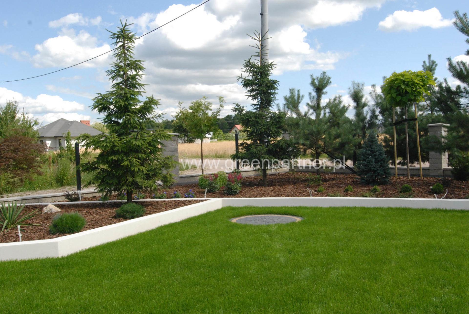 Ogród nowoczesny Mińsk Mazowiecki - projekt i realizacja,nawadnianie