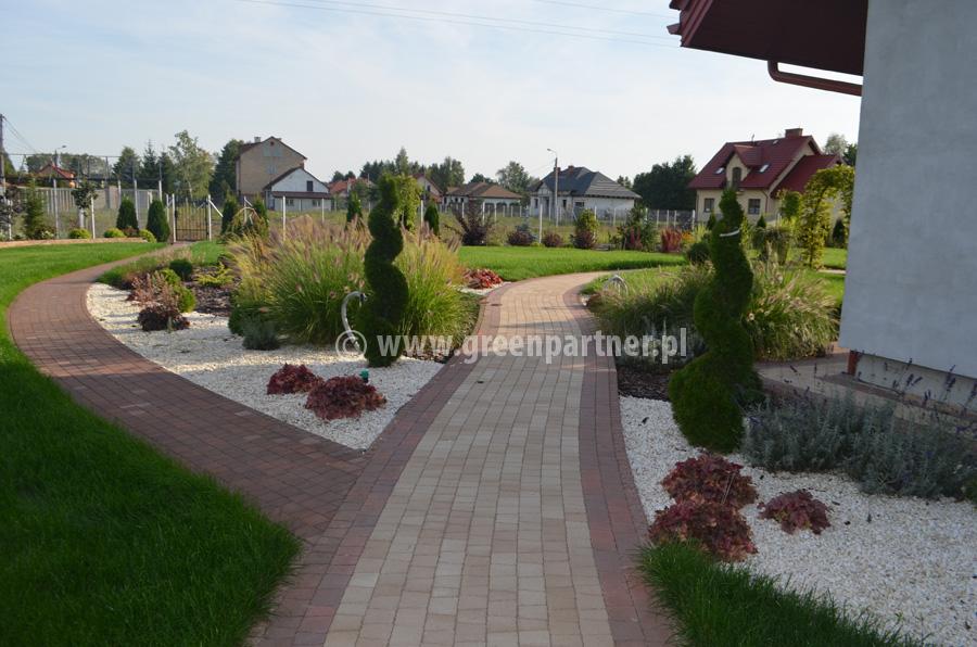 Ogród Halinów (3)